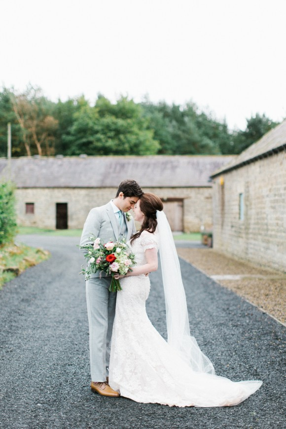 A Pretty Wedding at Healey Barn (c) Melissa Beattie (32)