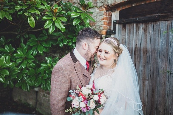 and kiss! rebecca ingram for a rustic wedding at combermere abbey – jessica & michael