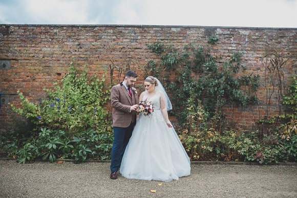 A Rustic Wedding at Combermere Abbey (c) Jess Yarwood (61)