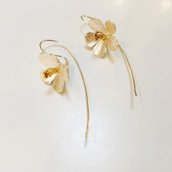 Elizabeth Trueman earrings