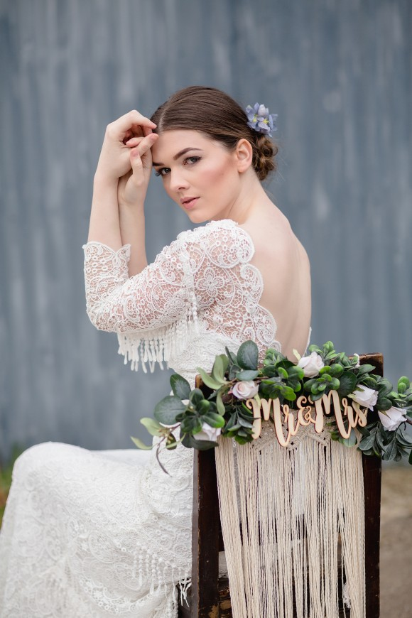 A Gypsy Rose Vintage Shoot by Boho Lane (22)
