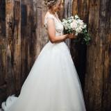 A Pretty Wedding at Owen House (c) Sarah Beth Photography (18)