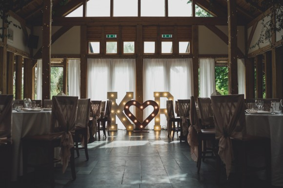 A Rustic Wedding at The Oak Tree of Peover (c) Jess Yarwood (38)