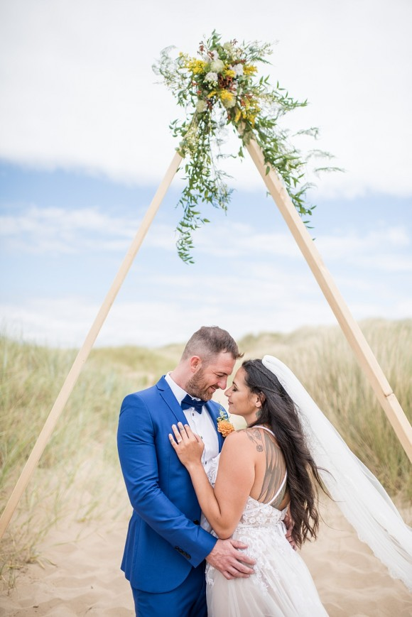 shore thing. a styled beach wedding shoot on the north west coast