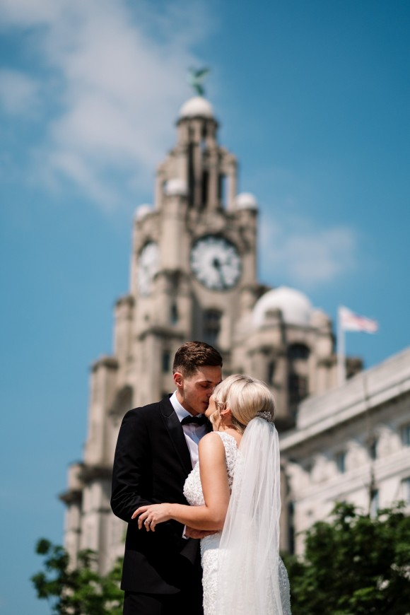 glam romance: ronald joyce for a classic wedding at 30 james street, liverpool – katie & tom