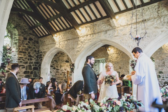 A Tipi Wedding in Wales (c) Jess Yarwood (21)