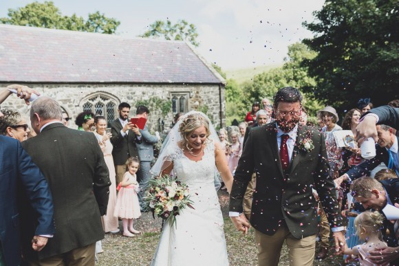 A Tipi Wedding in Wales (c) Jess Yarwood (32)