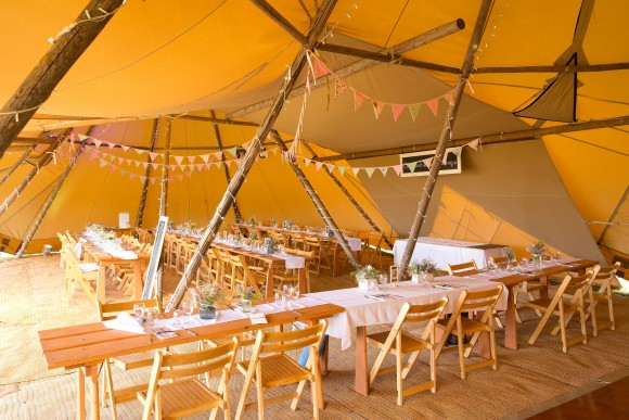 A Tipi Wedding in Yorkshire (c) Paul Hawkett Photography (6)