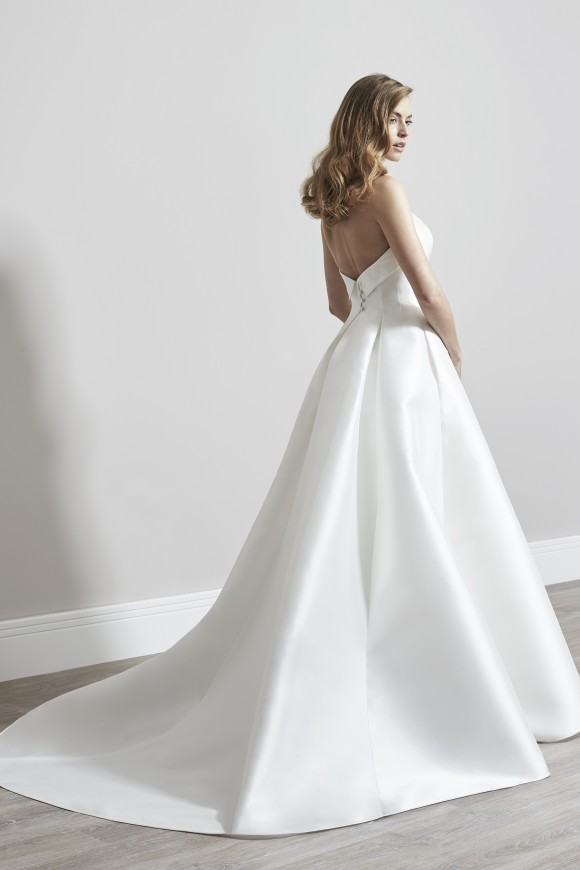 star styling: sassi holford designer day at love bridal boutique