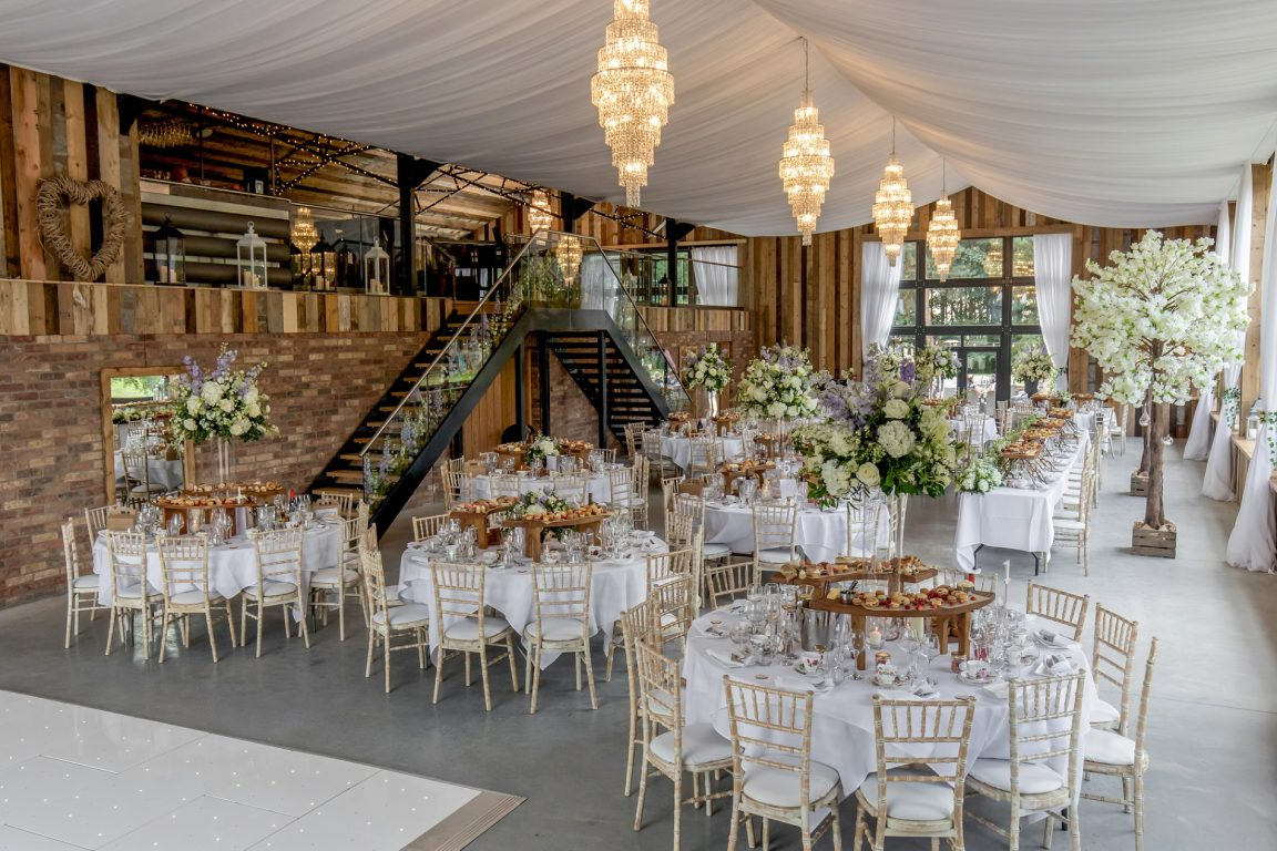 the wedding event @ bunny hill weddings