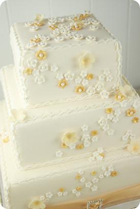 Brides Up North Wedding Blog: Little Town Bakery